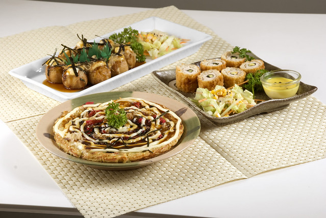BBT_okonomiyaki_takoyaki_chizumaki_ grp shot