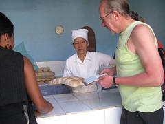 2013-01-cuba-138-trinidad-window shop
