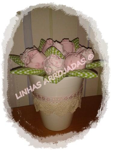 vaso da madrinha by Linhas Arrojadas Atelier de Costura ® Trademark