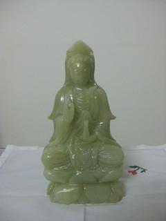 statuette jade