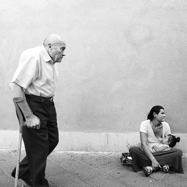 Le direzioni della vita - Fantastic Black and White Street Photographs