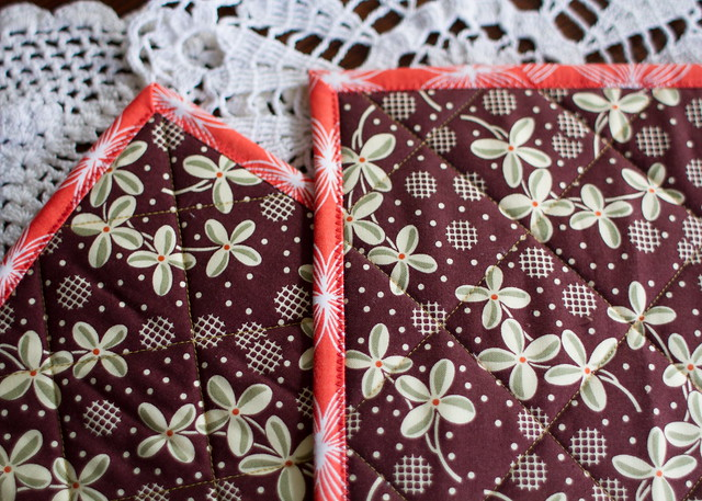 fat quarter pot holders