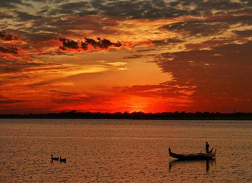 sunset sky people bird water animal fisherman silhouettes ducks myanmar mandalay fisherboat ayeyarwadyriver irrawadyriver rememberthatmomentlevel4 rememberthatmomentlevel1 rememberthatmomentlevel2 rememberthatmomentlevel3 rememberthatmomentlevel9 rememberthatmomentlevel5 rememberthatmomentlevel6 rememberthatmomentlevel10
