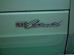 1977 Lincoln Continental Town Car sedan