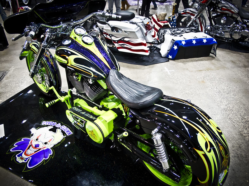 Pic of an insanely loud Harley-Davidson custom Dyna