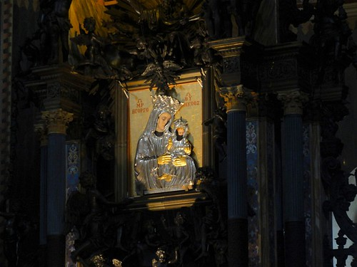 Mary and Jesus icon in the Cathedral of Messina