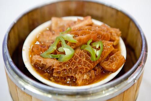 Braised beef tripe (牛肚)