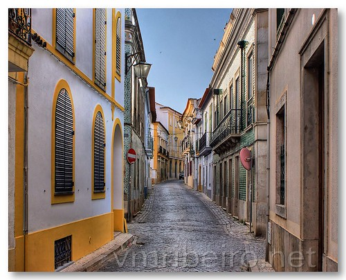 Rua Dr. Aresta Branco by VRfoto