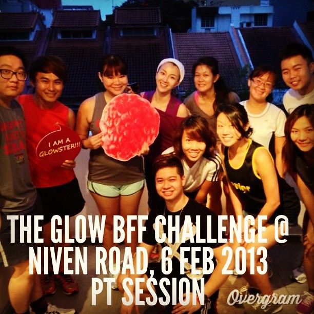 Group picture with some of the bloggers in the GLOW BFF Challenge (photo by Isaac Chan)