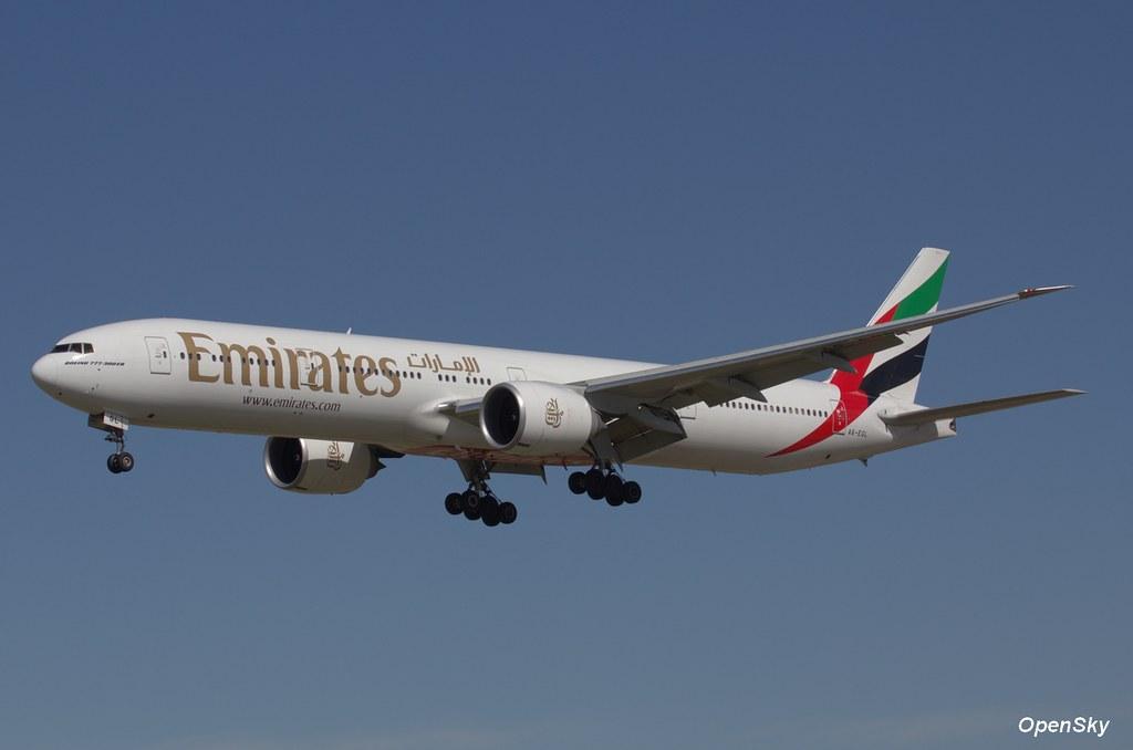 Emirates Boeing 777-31H(ER) A6-EGL (cn 41072)