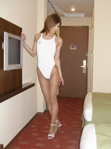 Arena swimsuit (Nux White)_7