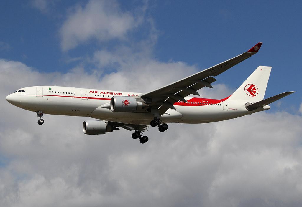 Short final for RWY27L inbound from Algiers ALG. Delivered 05/2015.