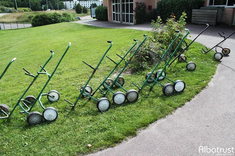 photo du golf Golf du Château d'Avoise - Parking