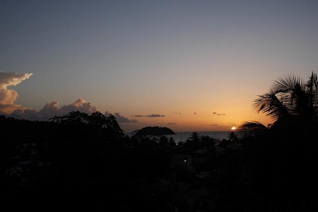 日, 2016-07-17 18:34 - Anse a l'Aneの我が家からの夕日