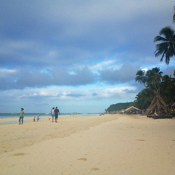 Empty beach + sea breeze = my kind of morning #boracay #travel #philippines #itsmorefuninthephilippines #igdaily #instadaily #instagram #instagood #instamood #instacool #picoftheday #photooftheday #bestoftheday #webstagram #igersmanila #igmanila #igphilip