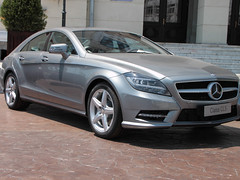 automobile, automotive exterior, executive car, wheel, vehicle, automotive design, mercedes-benz, rim, mercedes-benz cl-class, compact car, bumper, mercedes-benz cls-class, mercedes-benz c-class, sedan, personal luxury car, land vehicle, luxury vehicle,