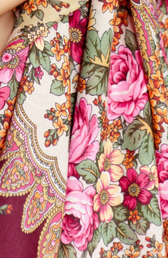berry_scarf_raspberries_comtesse_sofia_detail_1