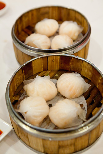 Har gaw (蝦餃) or Shrimp dumplings