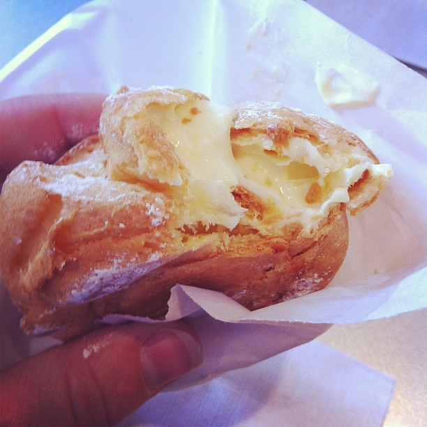 Beard Papa cream puff is a good finish to the day