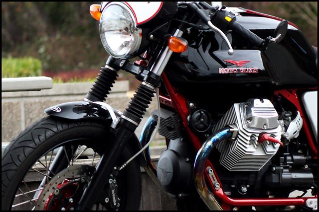Moto Guzzi V7 Racer Forever Funk