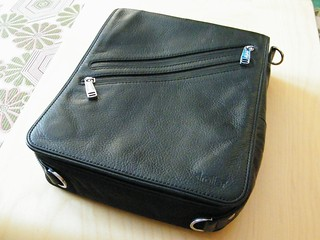 Platforma iPad Messenger Bag from Strotter