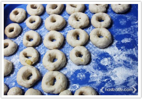 8556428084 bba1e62769 z buat donut lembut dan gebu | resipi donut lembut dan gebu