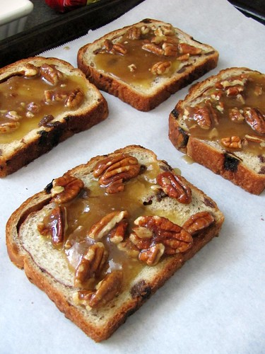 Sun-Maid Raisin Pecan Sticky Toast