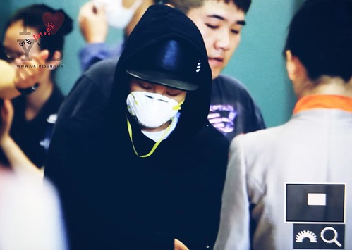Big Bang - Gimpo Airport - 07jun2015 - Tae Yang - Urthesun - 01