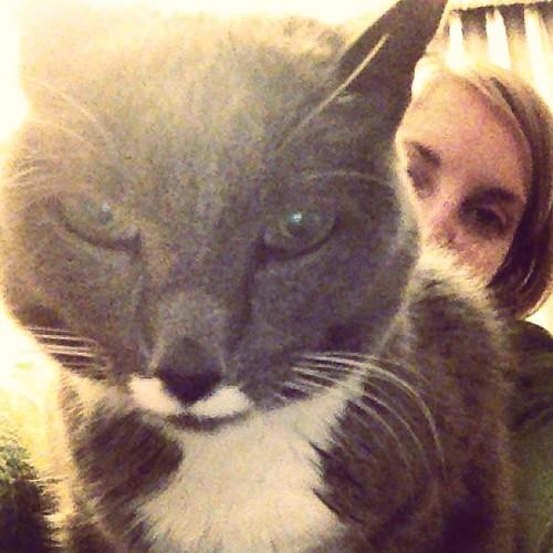 Sio has a grumpee.