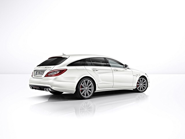Mercedes-Benz CLS 63 AMG Shooting Brake 4MATIC & Modelo S