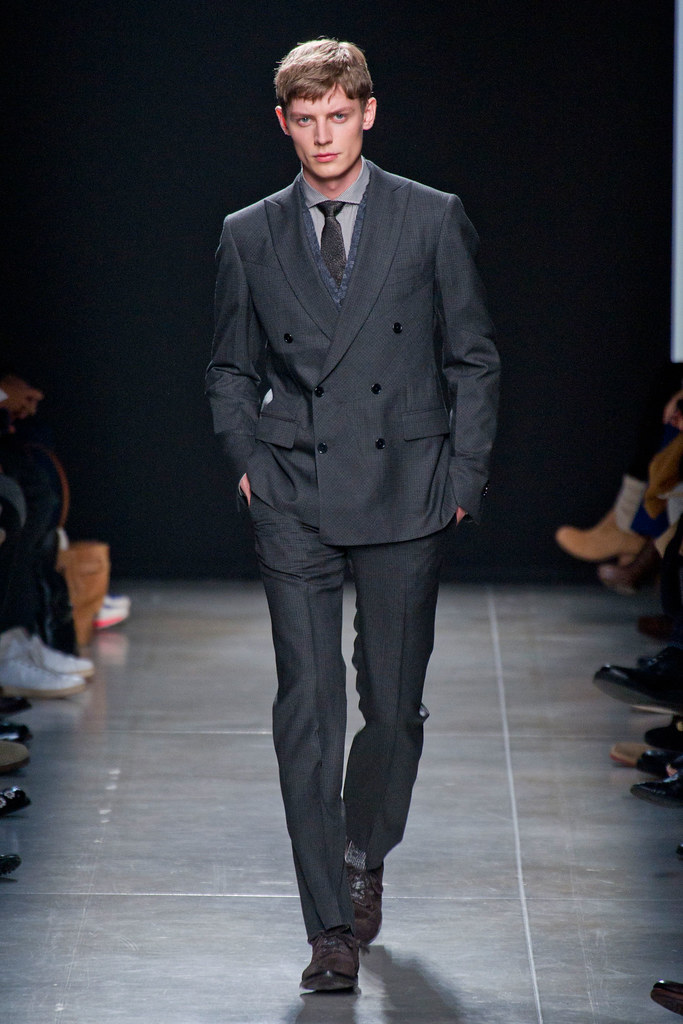FW13 Milan Bottega Veneta131_Janis Ancens(fashionising.com)