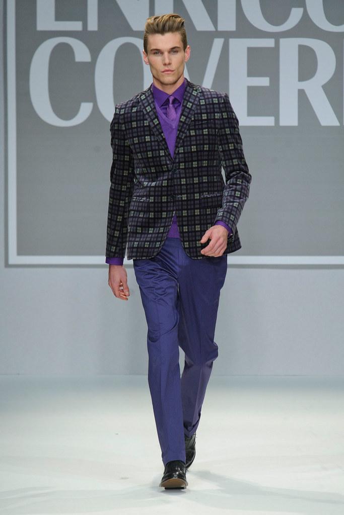 FW13 Milan Enrico Coveri020_Pete Bolton(fashionising.com)