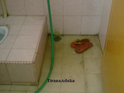 Saluran Air Tersumabat by tiranaaduka@ymail.com