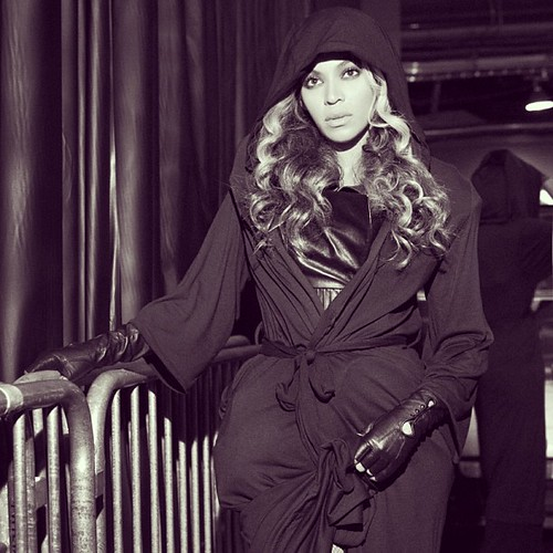 beyonce-bts-superbowl-1