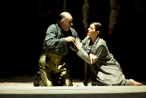 Nabucco (Act II, Scene II): Nabucco (Leo Nucci), Fenena (Veronica Simeoni). Photo: Rudy Amisano