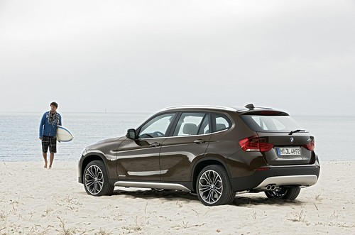 BMW X1 by BimmerVN