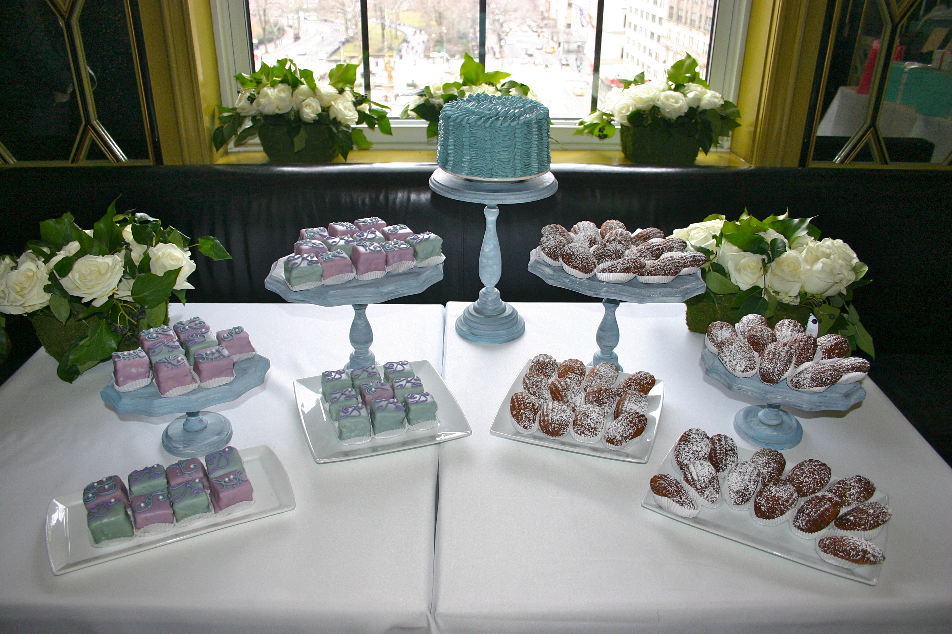 Cake Pop Dessert Table