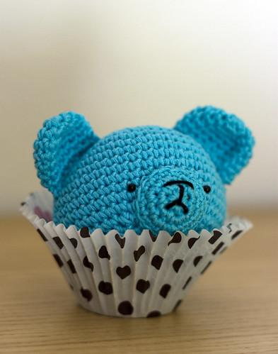 amigurumi bear cupcake