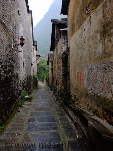 Casco antiguo de un pueblo chino en el rio Li