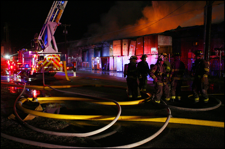 WarehouseFire01