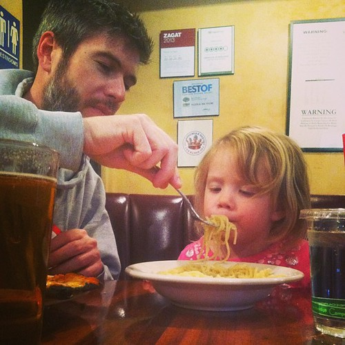 Papa, let's do spaghetti cooler teamwork!