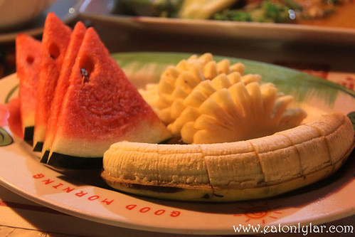 Fruit Platter, Food Mama Thai Restaurant