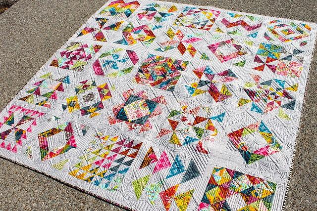 Bee quilt complete