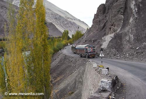 Carretera hacia Lamayuru