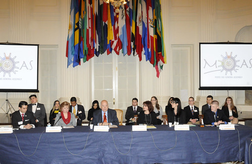 Secretary General Insulza Inaugurates Model OAS General Assembly for Students of the Americas