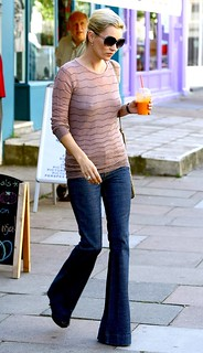 Kate Moss Flared Jeans Celebrity Style Women's Fashion