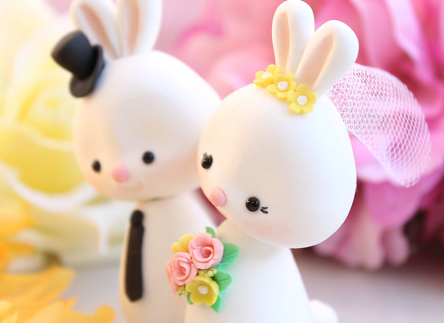 bunny wedding cake topper unique wedding cake topper bunnies flickr photo 12223