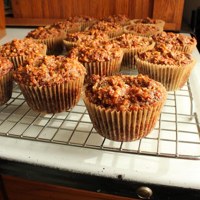 carrot banana muffins