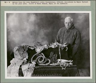 Reliques de l'expédition de sir John  Franklin  dans l'Arctique en 1846-1847, découvertes par le major Burwash en 1929 / Relics from Sir John Franklin's Arctic Exploration 1846–1847, discovered by Major Burwash in the year 1929