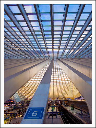 Station Guillemins Luik (26) by hans van egdom